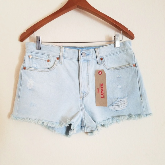 db9c6bcd Levi's Shorts | Levis High Rise Wedgie Fit 28 | Poshmark